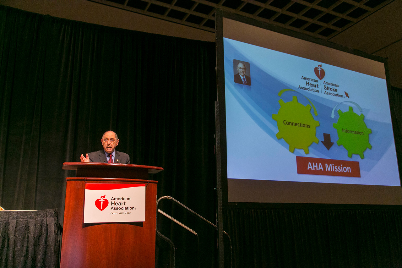 Las Vegas, NV - AHA 2014 BCVS - AHA President Elliott Antman, MD addresses the opening session   here today, Monday July 14, 2014 during the American Heart Association's Basic Cardiovascular Sciences Sessions (BCVS) being held here at the Paris Hotel in Las Vegas. Photo by © AHA/Todd Buchanan 2014 Technical Questions: todd@medmeetingimages.com